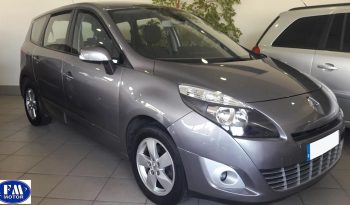 Renault Grand Scenic gris 2012