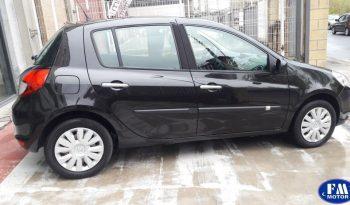 Renault Clio 1.2  5 puertas completo