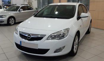 Opel Astra 1.7 CDTI 110 cv Excellence lleno