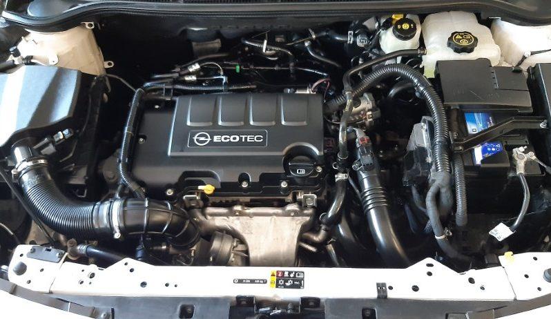 Opel Astra 1.4 Turbo lleno