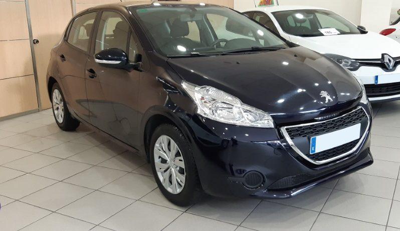 Peugeot 208 VTI lleno